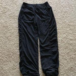 Athlete pants
